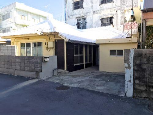 名護市東江・公園が近くにある古民家
