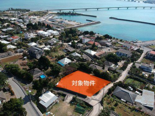 青い海と古宇利大橋が見える売土地